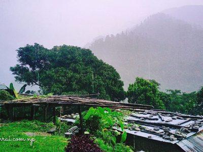 Raining, Lachyang, Nepal