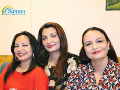 3 girl team